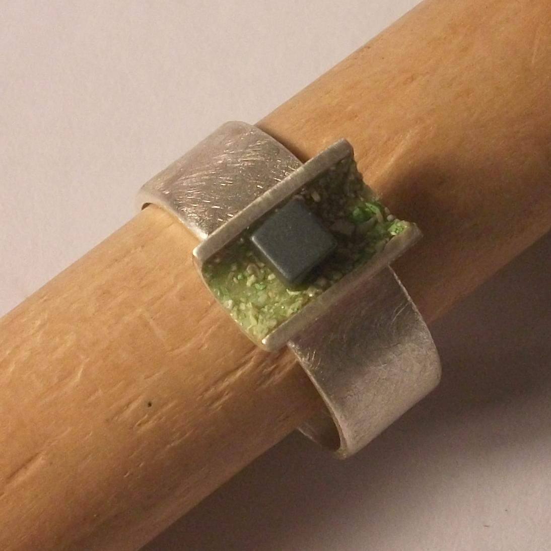 NAUM ring 03
