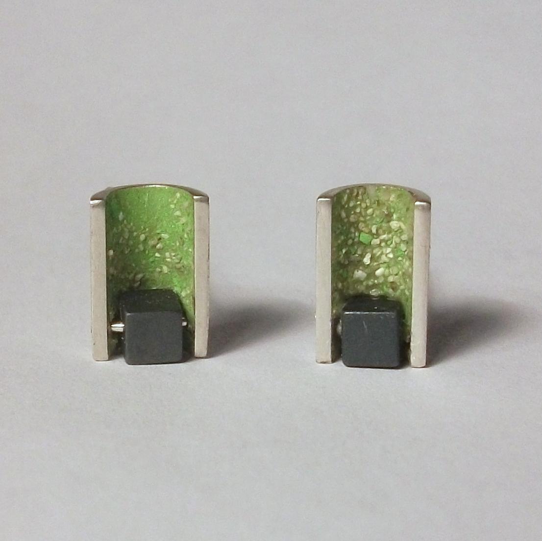 NAUM earrings 03