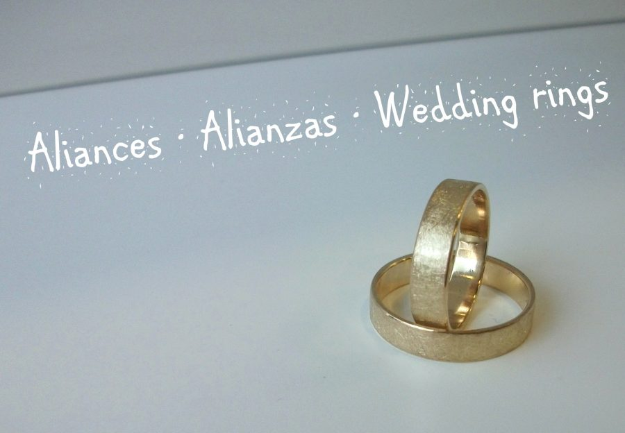 Customized wedding rings