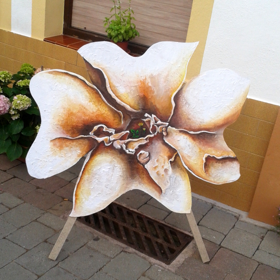 """Stone"" flower"