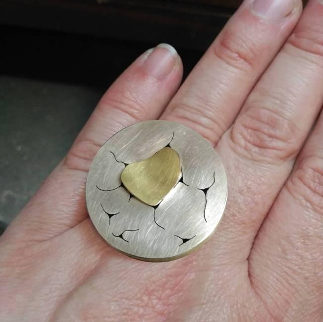 ESQUERDES ring 03